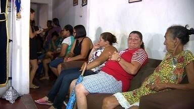 Corpos dos homens que morreram em poço de combustível são sepultados - Dois deles foram enterrados no município de Muribeca; O corpo do terceiro homem foi para a cidade Santo Estevão (BA).