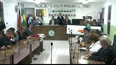 JPB2JP: Vereadores de Bayeux votam pedido de cassação do mandato do prefeito Berg Lima - Acusado de improbidade administrativa.