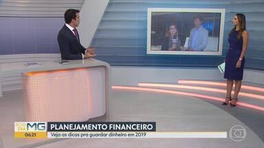 76% dos brasileiros vivem no limite do orçamento - Para a maioria da população, salário é a conta de pagar as dívidas do mês.
