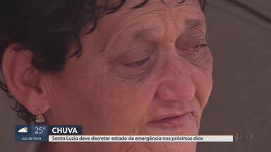 Chuva volta e deixa moradores de Santa Luzia com medo - Moradores da cidade estão sofrendo os efeitos da chuva.