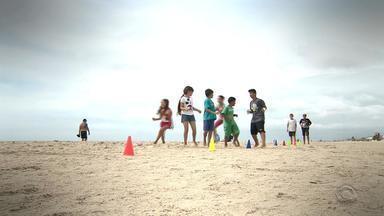 Projeto social atende dezenas de crianças em Cidreira - Assista ao vídeo.