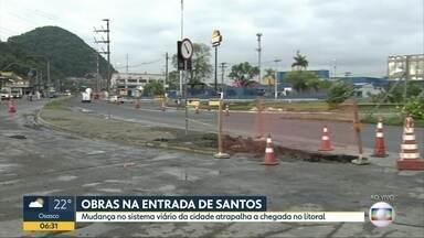 Obras na entrada de Santos atrapalham chegada ao litoral - Além disso, 42 praias do litoral paulista estão impróprias para banho de mar