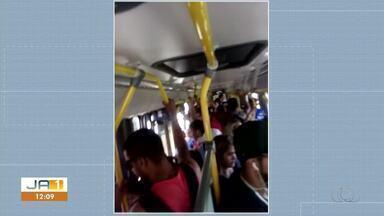 Ônibus sucateado e sempre lotado de passageiros é reclamação de moradores - Ônibus sucateado e sempre lotado de passageiros é reclamação de moradores