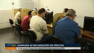 Cai o número de reclamações no Procon de Maringá - Empresas de telefonia continuam liderando o ranking de reclamações.