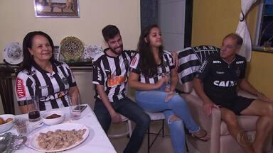 Amor de Avôs: Globo Esporte/MG mostra a paixão em comum de neta e avô pelo Atlético-MG - Conheça a história da garota que seguiu os passos do avô Renato e juntos compartilham uma só paixão pelo Atlético-MG