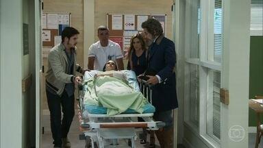 Marocas é levada ao hospital - Marocas parece estar bem