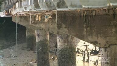 Ponte em São Luís vira tema de estudo em curso de engenharia civil - Sem obras de restauração há vários anos, a ponte do Caratatiua está com problemas de corrosão em vários pilares.