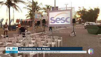 Fim de semana terá cinema ao ar livre em Farol de São Thomé, em Campos, no RJ - Assista a seguir.