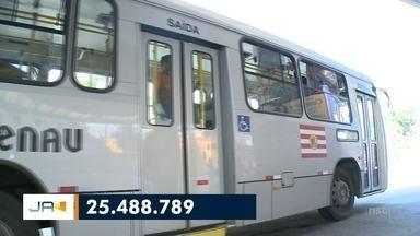Transporte coletivo de Blumenau está com menos passageiros - Transporte coletivo de Blumenau está com menos passageiros