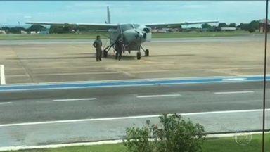 Avião da Polícia Federal buscará Cesare Battisti na Bolívia - Procurado desde 14 de dezembro, italiano foi preso por autoridades bolivianas com a ajuda de informações da divisão de inteligência da PF brasileira.