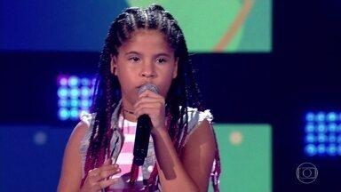 Lívia Valéria canta 'O Errado Sou Eu' - Menina levanta a plateia do The Voice Kids