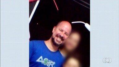 Polícia investiga assassinato de agente socioeducativo, em Valparaíso de Goiás - Segundo perícia, ele saiu acompanhado por um homem do local, que entrou em um carro e atirou contra a vítima.