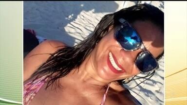 Sete pessoas são assassinadas em São Gonçalo e Itaboraí; polícia do RJ investiga chacina - A Polícia Civil do Rio está investigando ações violentas na região metropolitana. Sete pessoas foram mortas, na noite de domingo (20), em São Gonçalo e Itaboraí. Os policiais querem saber se os dois ataques foram cometidos pela mesma quadrilha.
