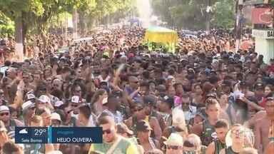 Tem início o Carnabanda 2019 em Santos - Banda Botafogo atraiu aproximadamente 300 foliões pelas ruas do BNH, na Aparecida.