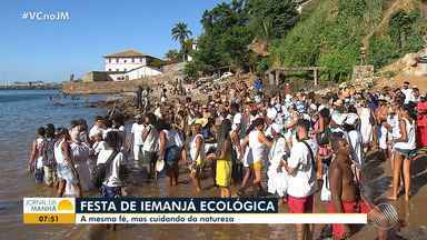 Moradores da Gamboa fazem presente ecológico para Iemanjá - Oferenda foi produzida com materiais biodegradáveis; conheça a iniciativa.