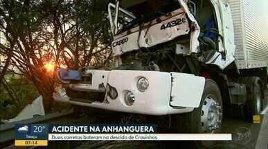Duas carretas batem na Rodovia Anhanguera, em Ribeirão Preto - Polícia Civil vai investigar circunstâncias da colisão.