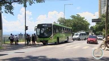 TJ nega novo recurso e mantém suspenso reajuste de ônibus em São José - Aumento, inicialmente previsto para valer desde a última segunda-feira (28), foi barrado por meio de liminar obtida pela Defensória Pública na última semana.