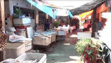 Feirantes aguardam reforma no mercado do peixe em Codó - A situação por lá é tão complicada que falta até banheiros para quem utiliza o mercado.