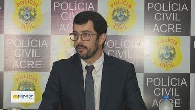 Secretário de Polícia Civil do Acre é afastado e governo afirma que ele é investigado - Governo diz que processo envolvendo Rêmulo Diniz está em segredo de justiça e que, portanto, não tem mais detalhes sobre denúncias. MP negou que secretário seja alvo.