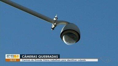 Câmeras de videomonitoramento da Grande Vitória são depredadas por criminosos - Uma pessoa foi presa em Cariacica quebrando uma das câmeras de Nova Rosa da Penha.
