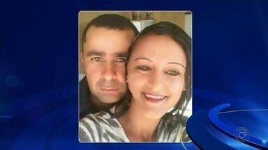 Mulher morre esfaqueada pelo marido em Cesário Lange - Segundo a Polícia Militar, vítima de 27 anos teria sido atacada após uma briga com o homem; marido se matou após o crime.