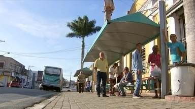 Tarifa de ônibus tem reajuste a partir desta sexta-feira em Tatuí - A partir de hoje os moradores de Tatuí estão pagando mais caro para andar de ônibus na cidade. A tarifa subiu 30 centavos. Mas quem tem ou fizer o cartão social paga um pouco menos.