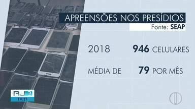 Quase 1 mil celulares são apreendidos nas três cadeias de Campos, no RJ - Assista a seguir.