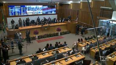 Deputados tomam posse na Assembleia Legislativa do Maranhão - Cerimônia ocorreu no Plenário Nagib Haickel. Deputados elegeram Othelino Neto como presidente da Casa.