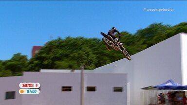 O quarto salto de Marcelo Simões no Duelo de Motos - O quarto salto de Marcelo Simões no Duelo de Motos