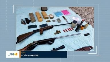 Policia Militar prende três homens com espingardas e drogas, em Blumenau - Policia Militar prende três homens com espingardas e drogas, em Blumenau