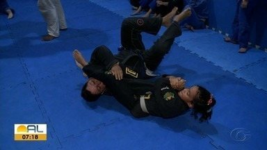 Alagoana faz campanha para participar do Campeonato de Jiu-Jitsu fora do Brasil - Nycolle Calheiros, de oito anos, apela para as redes sociais