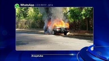 Carro fica destruído ao pegar fogo em Araçatuba - Um carro ficou destruído após pegar fogo na tarde desta quarta-feira (6), na Rua Afonso Pena em Araçatuba (SP).