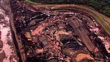 Em Brumadinho, número oficial de mortos sobe para 157; 182 estão desaparecidos - Força-tarefa que investiga o rompimento da barragem afirma que há vários indícios de excesso de água no reservatório de rejeitos.