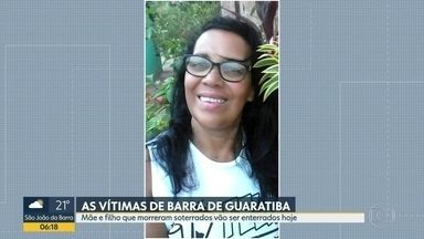 Mortos em deslizamento em Barra de Guaratiba serão enterrados nesta sexta-feira (8) - Mãe e filho morreram soterrados após a casa ser atingida pela terra
