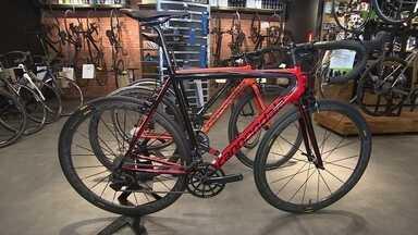 Empresa em São Paulo se transforma em referência no mercado de bikes - Os empresários por trás da ideia apostaram em um conceito de negócio inovador no país.