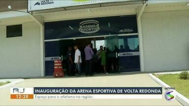 Volta Redonda inaugura arena esportiva - Espaço terá treinos abertos de equipes de corrida, beisebol, futebol americano, aulas de luta, zumba, dentre outros.