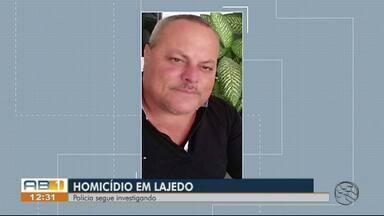 Gerente de revendedora de carros é morto a tiros no local onde trabalhava em Lajedo - Dois homens entraram no estabelecimento efetuando disparos contra a vítima.