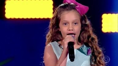 Sofia Cruz canta 'Tutti Frutti' - Apresentação encanta os técnicos