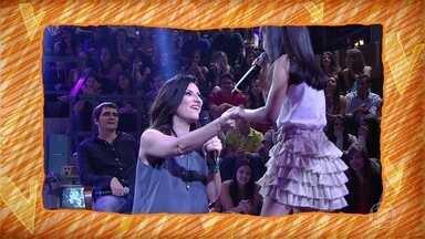 Lavínia Aisar já cantou com Laura Pausini - Conheça um pouquinho de sua história