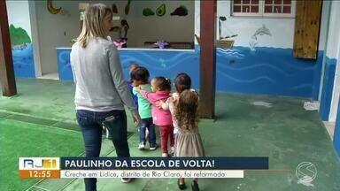 Paulinho da Escola visita creche reformada em Lídice, distrito de Rio Claro - Mande sua reclamação para o parceiro dos estudantes através do whatsapp pelo número (24)99313-9599.