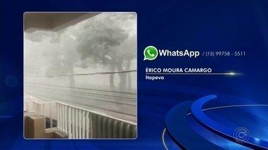 Caminhoneiros resgatam motorista de carro 'ilhado' em enxurrada - Resgate foi na avenida Paulina de Morais, em Itapeva (SP). Vítima conseguiu sair do veículo e não ficou ferida; chuva causou queda de mais de 50 árvores.
