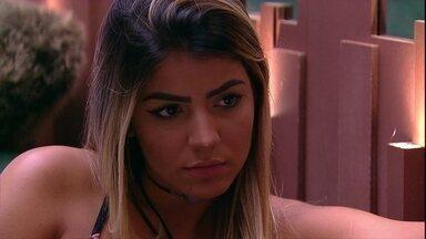 Hariany aconselha Paula: 'Vamos tentar aproveitar ao máximo' - Sister aconselha Paula