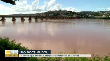 Cor do Rio Doce muda e preocupa moradores de Colatina, ES - A cor do rio está mais alaranjada, como quando a lama de rejeitos da Samarco chegou ao município.