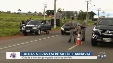 Caldas Novas é um dos destinos mais procurados pelos turistas em Goiás - Cidade já está no ritmo do carnaval.