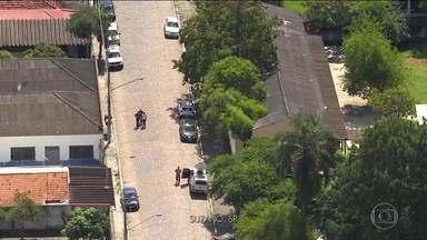 Boletim JN 1: Ataque a tiros em escola de Suzano (SP) deixa dez mortos - Atiradores eram ex-alunos, que entraram pela porta da frente e começaram a atirar. Morreram alunos, funcionários e o tio de um dos atiradores. Os dois se mataram dentro da escola.