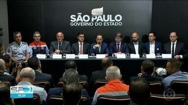 Governos anunciam medidas contra enchentes - São Paulo quer retomar projeto de piscinão no ABC.