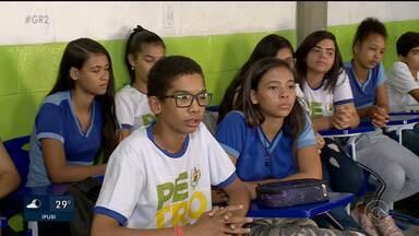 Escola discute bullying e influência de jogos eletrônicos em Petrolina - A motivação do debate foi a tragédia em Suzano, São Paulo
