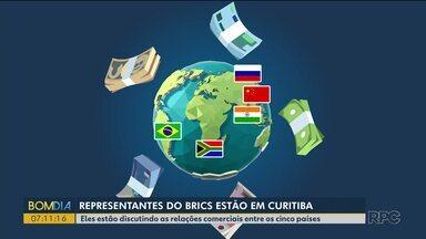 Encontro de representantes de países emergentes debate relações comerciais - Exportações e importações entre Brasil, África do Sul, Rússia, China e Índia estão entre os principais assuntos discutidos.