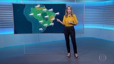 Último domingo de verão vai ser de chuva na maior parte do Brasil - O sol só vai aparecer no norte do Espírito Santo, da Bahia a Pernambuco e em parte da região Norte. Outono começa na próxima quarta-feira.