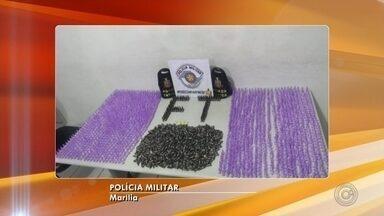Mais de 2 mil pinos de cocaína são apreendidos em Marília - Apreensão ocorreu após denúncia de tráfico de drogas em um apartamento na Zona Sul. Nenhum suspeito foi preso.